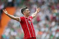 26.08.2017,  Football 1.Liga 2017/2018, 2.Match Day, SV Werder Bremen - FC Bayern Muenchen im Bremer Weserstadion, Scorer Robert Lewandowski (Bayern) 0-2 *** Local Caption *** © pixathlon +++ tel. +49 - (040) - 22 63 02 60 - mail: info@pixathlon.de<br /> <br /> +++ NED + SUI out !!! +++