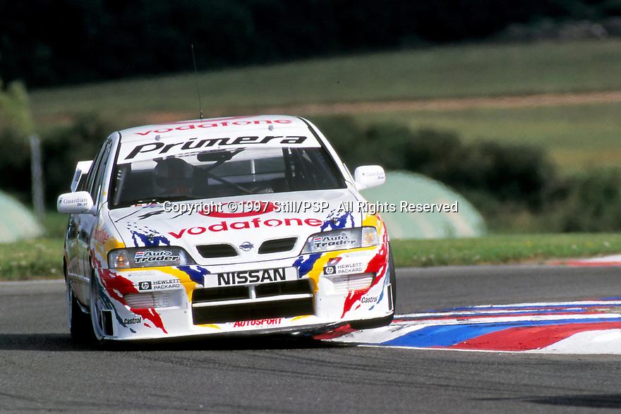 1997 British Touring Car Championship #4 David Leslie (GBR). Vodafone Nissan Racing. Nissan Primera.