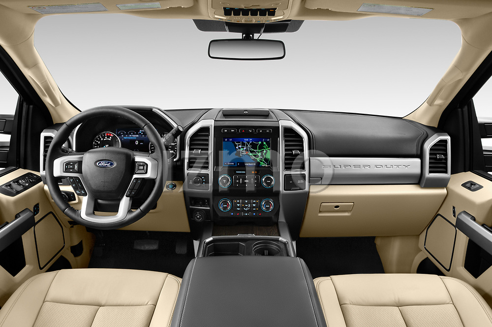 Stock photo of straight dashboard view of 2021 Ford F-250-Super-Duty Lariat 4 Door Pick-up Dashboard