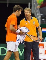September 12, 2014, Netherlands, Amsterdam, Ziggo Dome, Davis Cup Netherlands-Croatia, Robin Haase (NED) and captain Jan Siemerink<br /> Photo: Tennisimages/Henk Koster