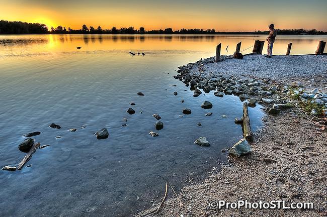 Sunset at Creve Coeur Lake in Creve Coeur Park, St. Louis