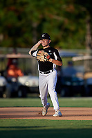 Garrett Howe during the WWBA World Championship at the Roger Dean Complex on October 18, 2018 in Jupiter, Florida.  Garrett Howe is a shortstop from Dacula, Georgia who attends Hebron Christian Academy.  (Mike Janes/Four Seam Images)