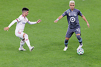 ST PAUL, MN - SEPTEMBER 27: Emanuel Reynoso #10 of Minnesota United FC passes the ball during a game between Real Salt Lake and Minnesota United FC at Allianz Field on September 27, 2020 in St Paul, Minnesota.