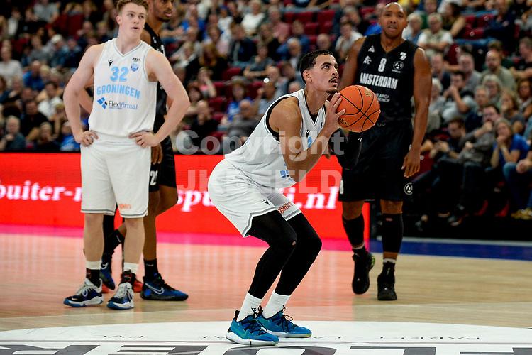 GRONINGEN - Basketbal, Donar - Apollo Amsterdam , Dutch Basketbal League, seizoen 2021-2022, 26-09-2021,  vrije worp /Donar speler Marquis Addison