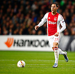 Nederland, Amsterdam, 5 november 2015<br /> Europa League<br /> Seizoen 2015-2016<br /> Ajax-Fenerbahce (0-0)<br /> Nemanja Gudelj van Ajax in actie met bal