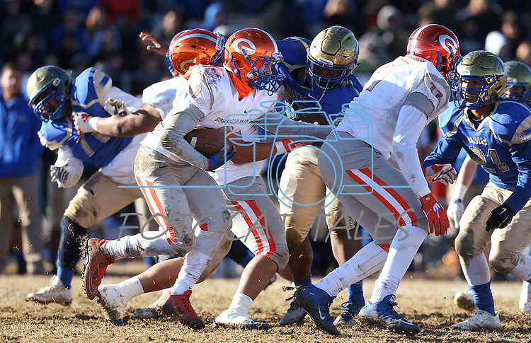 Bishop Gorman's Biaggio Ali Walsh (7) runs against Reed in an NIAA Division I playoff game at Reed High School in Sparks, Nev., on Saturday, Nov. 28, 2015. Bishop Gorman won 41-13. (Cathleen Allison/Las Vegas Review-Journal)
