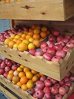 Pomegranates & Oranges, Istanbul