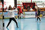 Sophia Sommerrock Kurpfalz Baeren (Nr.19) gegen Renner Julia vom VFL Oldenburg mit Nr.1 / 1. Frauen Handball Bundesliga / Kurpfalz Baeren gegen VFL Oldenburg / 03.04.2021<br /> <br /> Foto © PIX-Sportfotos *** Foto ist honorarpflichtig! *** Auf Anfrage in hoeherer Qualitaet/Aufloesung. Belegexemplar erbeten. Veroeffentlichung ausschliesslich fuer journalistisch-publizistische Zwecke. For editorial use only.