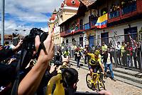 ZIPAQUIRA - COLOMBIA, 07-08-2019: Egan Bernal, ciclista colombiano, arriba al homenaje en su ciudad Zipaquirá por el triunfo en el Tour de Francia 2019. / Egan Bernal, Colombian cyclist, arrives on his bike to participate in the tribute in his town Zipaquira for his victory in the Tour de France 2019. Photo: VizzorImage / Diego Cuevas / Cont