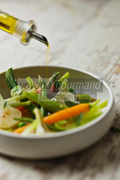 Cocotte de légumes pour lendemain de fête  - recette de Christian Constant EXCLU: EDITION LIVRE CUISINE DU SUD-OUEST