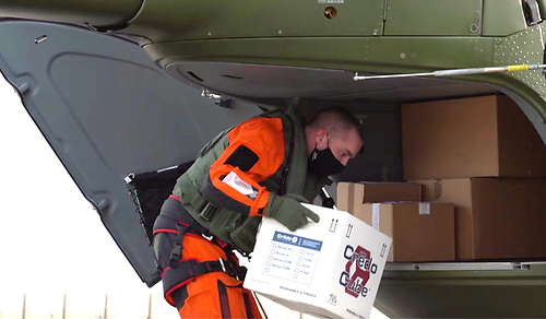 The Irish Air Corps delivers the vaccines to the Aran Islands