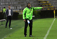 IBAGUÉ- COLOMBIA,13-05-2019:Alberto Gamero director técnico del DeportesTolima .Acción de juego entre los equipos Deportes Tolima y el   Deportivo Cali   durante el primer  partido de los cuadrangulares finales de la Liga Águila I 2019 jugado en el estadio Manuel Murillo Toro de la ciudad de Ibagué. /Alberto Gamero Coach of Deportes Tolima. Action  game between Deportes Tolima and Deportivo Cali  during the firts match for the quarter finals B of the Liga Aguila I 2019 played at the Manuel Murillo Toro stadium in Ibague city. Photo: VizzorImage / Felipe Caicedo / Staff