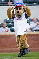 """""""Southpaw"""", the mascot of the Jacksonville Suns at the Baseball Grounds in Jacksonville, FL, Wednesday June 11, 2008."""