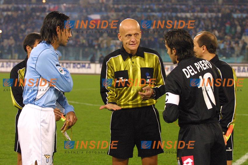 Roma 24 Novembre 2001<br /> Lazio - Juventus 1-0<br /> Alessandro Nesta, Alessandro Del Piero e l'arbitro Collina