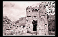 Carisbrooke Castle - Isle of Wight, England - <br /> <br /> Carisbrooke Castle is a historic motte-and-bailey castle, built in the 12th century. Located in the village of Carisbrooke, near Newport, Isle of Wight, England.