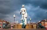 Frankreich, Provence-Alpes-Côte d'Azur, Nizza: Brunnen Fontaine du Soleil am Place Masséna im Zentrum | France, Provence-Alpes-Côte d'Azur, Nice: fountain Fontaine du Soleil at Place Masséna at centre