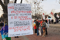 - big demonstration for protest against the construction of the new US Army base in Vicenza on Dal Molin airport....- grande manifestazione in protesta contro la costruzione della nuova base dell'US Army a Vicenza sull'aeroporto Dal Molin