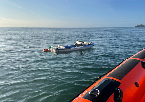 Skerries RNLI approaching a small sailing vessel adrift off Lambay Island on Monday 23 August | Credit: RNLI/Gerry Canning