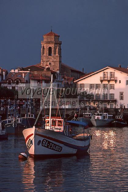 Europe/France/Aquitaine/64/Pyrénées-Atlantiques/Saint-Jean-de-Luz: Le port de pêche