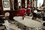 2009_08_13_Jinnah Nehru Imperial Hotel table
