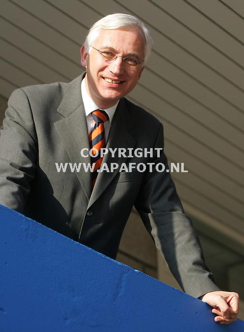 papendal 301105  de nieuwe directeur van de KNAU, Wim Slootbeek<br />foto frans ypma APA-foto