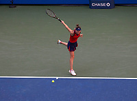 210908 -- NEW YORK, Sept. 8, 2021 -- Elina Svitolina of Ukraine returns against Leylah Fernandez of Canada during their women s singles quarterfinals of the 2021 US Open in Arthur Ashe Stadium at the USTA Billie Jean King National Tennis Center in New York, the United States on Sept. 7, 2021. Photo by /Xinhua SPU.S.-NEW YORK-TENNIS-US OPEN-DAY 9-WOMEN S SINGLES MichaelxNagle