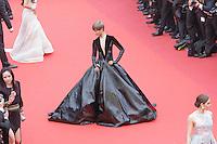 li yuchun arrive sur le tapis rouge pour le film le bon gros geant de steven spileberg projete en avant premiere lors du soixante neuvieme festival du film a cannes le samedi 14 mai 2016