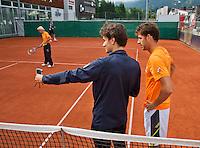 Austria, Kitzbuhel, Juli 14, 2015, Tennis, Davis Cup, Training Dutch team ready to practise, Jan-Willem de Lange and Robin Haase (R)<br /> Photo: Tennisimages/Henk Koster