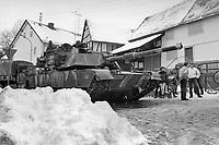 - NATO exercises in Germany, M1 Abrams US Army tank in a village (January 1985)<br /> <br /> - esercitazioni NATO in Germania, carro armato M1 Abrams dell'US Army in un villaggio (Gennaio 1985)