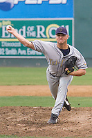 August 4, 2007: RHP Andrew Groves of the Tri-City Dust Devils delivers a pitch during a Northwest League game against the Everett AquaSox at Everett Memorial Stadium in Everett, Washington.