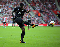 Leroy Fer of Swansea City takes a shot off target during the Premier League match between Southampton and Swansea City at the St Mary's Stadium, Southampton, England, UK. Saturday 12 August 2017