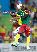 Colombia's Frank Fabra (l) and Cameroon's Ernes Mabouka during international friendly match. June 13,2017.(ALTERPHOTOS/Acero) (NortePhoto.com) (NortePhoto.com)