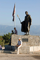 Denkmal des Taino-Häuptling Enriquillo in Colonia Mixta im Südosten, östlich des Lago Enriquillo, Dominikanische Republik