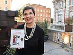 """ISABELLA ROSSELLINI<br /> PRESENTAZIONE DEL LIBRO """"LE MIE GALLINE E IO"""" DI ISABELLA ROSSELLINI<br /> LIBRERIA RED ROMA 2018"""