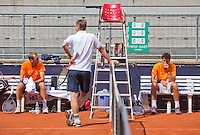 Austria, Kitzbuhel, Juli 14, 2015, Tennis, Davis Cup, Training Dutch team, Thiemo de Bakker (L) captain Jan Siemerink and Robin Haase<br /> Photo: Tennisimages/Henk Koster