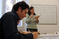 Lezione di Latino di Carla Capobianco.Upter. L' Università popolare di Roma si occupa dell' apprendimento permanente degli adulti.Popular University of Rome is responsible for Life Long Learning.