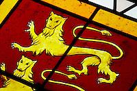 stained glass windows coat of arms couvent jacobins, salle dominicains saint emilion bordeaux france
