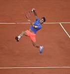 Roger Federer (SUI) defeats Damir Dzumhur (BIH) 6-4, 6-3, 6-2