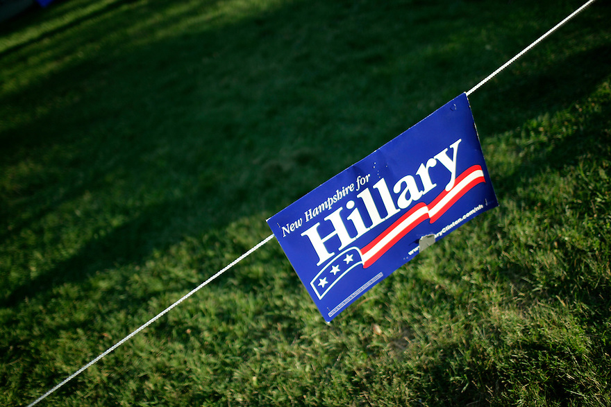 A sign at a campaign event for democratic Presidential candidate Senator Hillary Clinton (D-NY) in Manchester, New Hampshire July 13, 2007.<br /> Photo by Brooks Kraft/Corbis