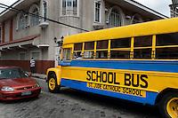 Philippines, Manila, 5 march, 2008..Old fashioned schoolbus in Intramuros the oldest district of the city of Manila...Ouderwetse schoolbus in Intramuros, het oudste district van Manila, de hoofdstad van de Filippijnen...Photo Kees Metselaar