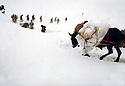 Iraq 1977.A new start for the armed struggle: Donkeys carrying weapons in the snow from the border to the mountains of Iraqi Kurdistan.Irak 1977.La lutte armee reprend: Transport d'armes dans la neige a dos d'anes dans les montagnes du Kurdistan irakien
