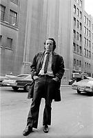 Mordecai Richler auteur de <br /> The Apprenticeship of Duddy Kravitz,<br />  a l'epoque du tournage a Montreal,<br />  Octobre 1973<br />  (date exacte inconnue)<br /> <br /> PHOTO : Alain Renaud - Agence Quebec Presse
