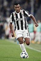 Football Soccer: UEFA Champions League Juventus vs Olympiacos Allianz Stadium. Turin, Italy, September 27, 2017. <br /> Juventus' Alex Sandro in action during the Uefa Champions League football soccer match between Juventus and Olympiacos at Allianz Stadium in Turin, September 27, 2017.<br /> UPDATE IMAGES PRESS/Isabella Bonotto