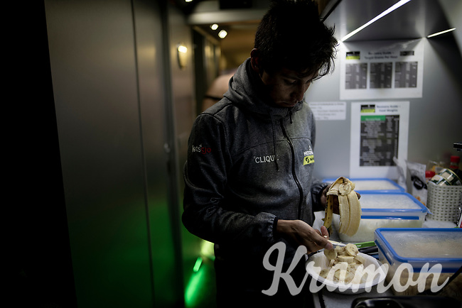 Esteban Chaves (COL/Mitchelton-Scott) prepping his post-race meal in th eteambus after a gruelling stage: rice with honey, a banana & some herbs... Bon appetite!<br /> <br /> Stage 9: Andorra la Vella to Cortals d'Encamp (94km) - ANDORRA<br /> La Vuelta 2019<br /> <br /> ©kramon