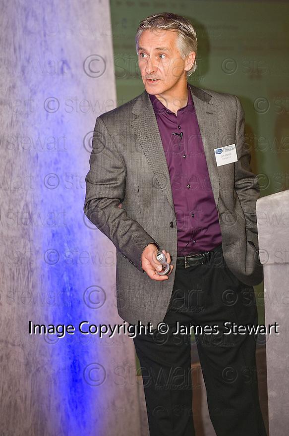24/09/2010   Copyright  Pic : James Stewart.010_fbp_conf_2010  .::  FALKIRK BUSINESS PANEL :: 2010 CONFERENCE :: DR JIM HAMILL, DIRECTOR, ENERGISE 2.0 ::.