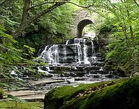 Water Falls, Wayne County, PA