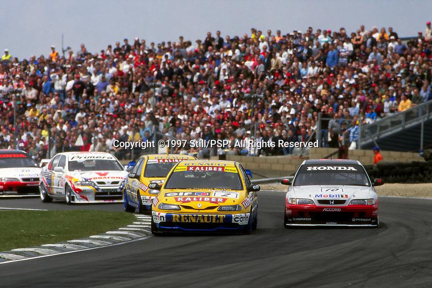 Brands Hatch Round of the 1997 British Touring Car Championship. Race start.