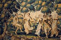 """Europe/France/Limousin/23/Creuse/Aubusson: Musée de la Tapisserie - """"La Ronde"""" fin XVIIème - Aubusson est la capitale mondiale de la tapisserie"""