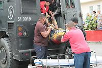 Rio de Janeiro (RJ), 14/02/2020 - Crime-Rio - Policia Militar faz uma grande operacao na comunidade da Cidade Alta no bairro de Cordovil na zona norte do Rio de Janeiro, onde foram apreendido armas, drogas e um suspeito que foi beleado durante confronto com policia militar e foi levado para o hospital Getulio Vargas nesta sexta-feira (14). (Foto: Celso Barbosa/Codigo 19/Codigo 19)