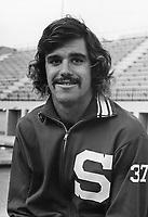 1974: Dean Anderson.
